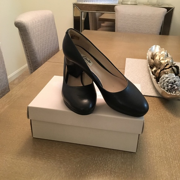 Clarks Kelda Hope Black Leather Size 95